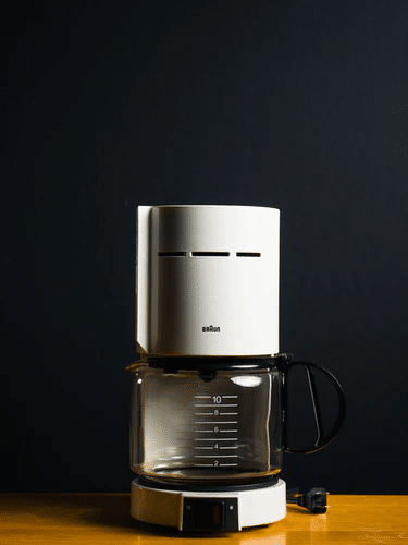 Coffee pot made using injection molding