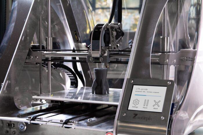 a silver 3D printing machine